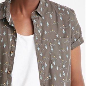 Forever 21 Men desert 🌵 cactus print shirt 👕